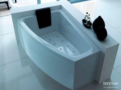 Асимметричная акриловая ванна Gruppo Treesse Asyx 160х90