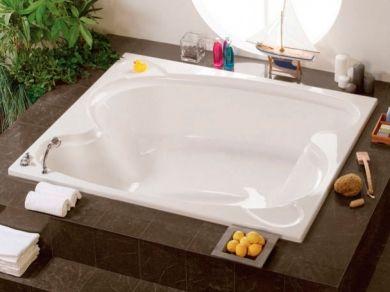 Большая акриловая ванна Vagnerplast Helios 194x170